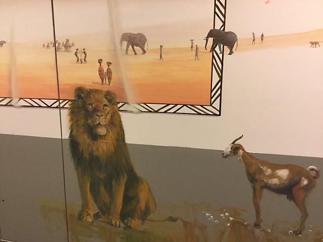11-1-Necker-Centre Hospitalier Universitaire  Necker-Paris-P diatrie-D cor Mural- Le voyage   travers les contes  l Afrique