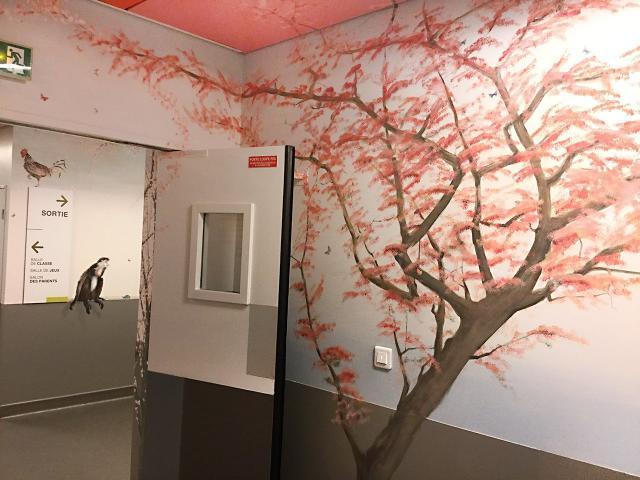 19-1-Necker-Centre Hospitalier Universitaire  Necker-Paris-P diatrie-D cor Mural- Le voyage   travers les contes