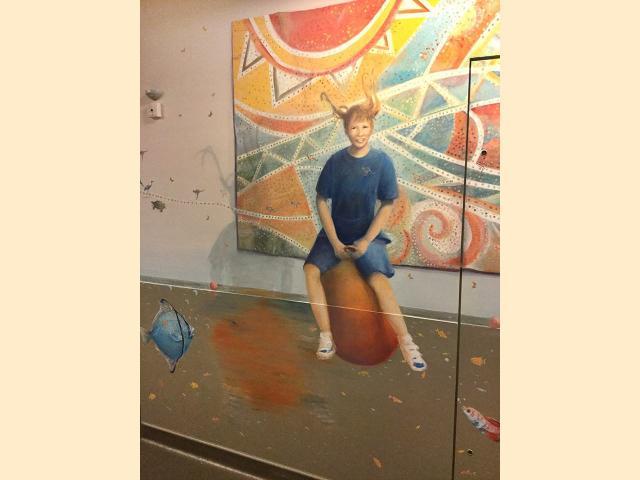 Portrait peint sur mur - Le voyage par les contes - Necker - Humour