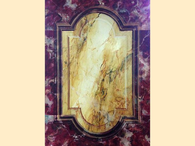 Faux marbres et fausse moulure jaune de sienne   rouge royal
