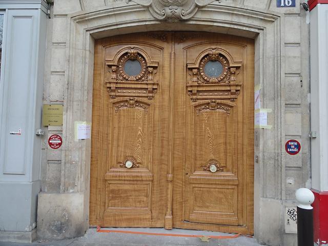 Faux bois - Porte cochère - Paris